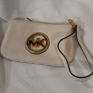 Michael Kors cream wristlet